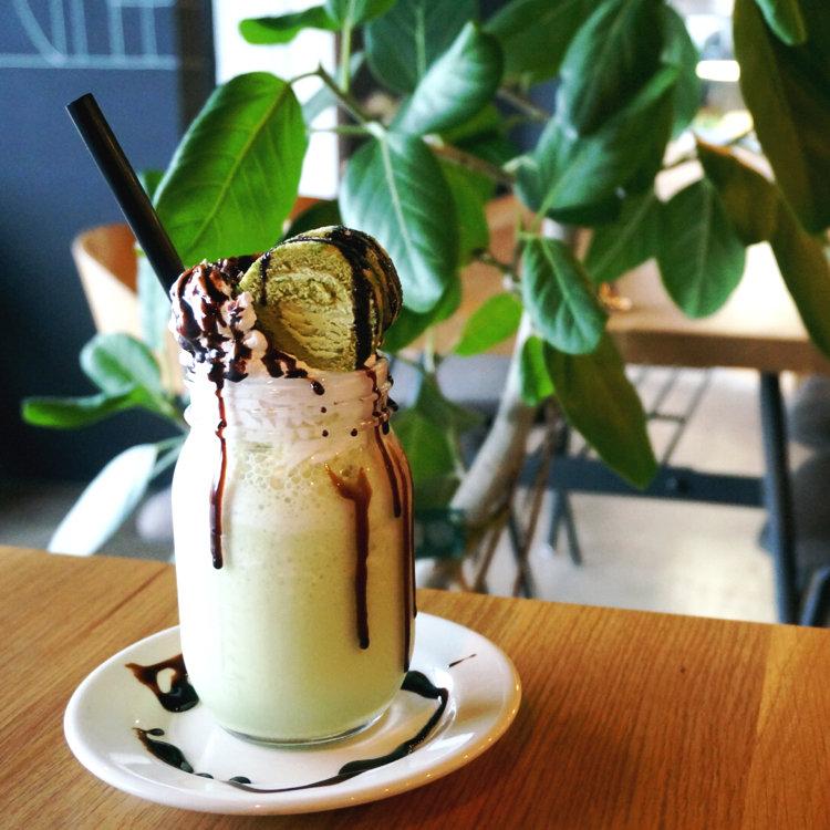 CAFE the CORNER