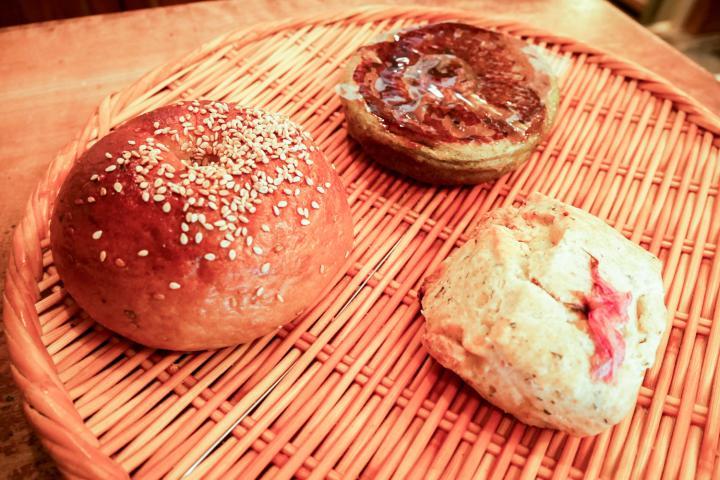 季節に合わせて登場する、期間限定のパンも
