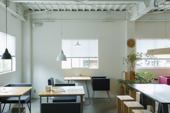 居心地のいいデザイナーズカフェ