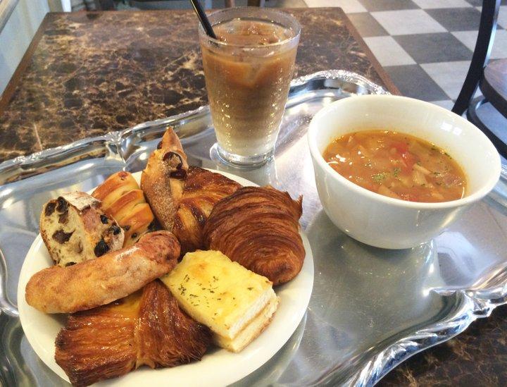 8種類のパンが食せるスープ付きランチが人気。大阪・心斎橋のブランジェリー「サミープー!!」